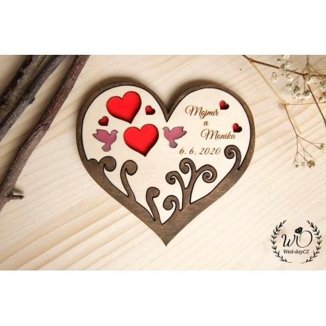 Podnos srdce, strom a holubičky