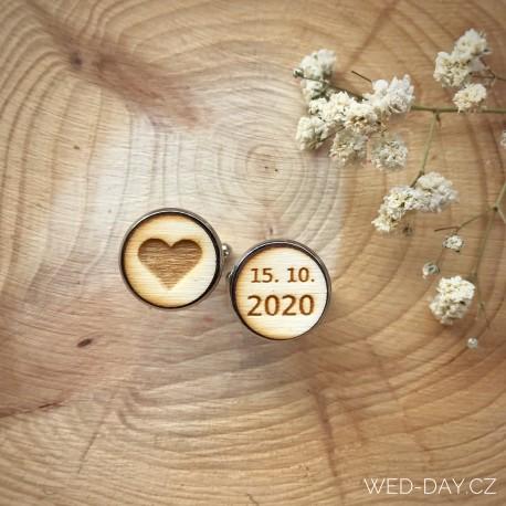 Manžetové knoflíčky - Srdíčko a datum svatby kulaté
