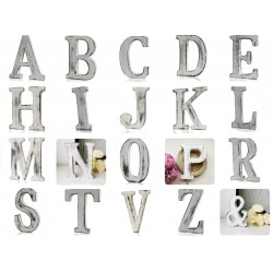 Dřevěné velké písmeno