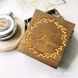 """Krabička dřevěná """"Váš text"""" placatka"""