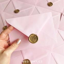 Růžová s pečetí - Obálky a pečetě