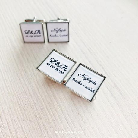 Knoflíčky Simple Vaše iniciály a datum + text