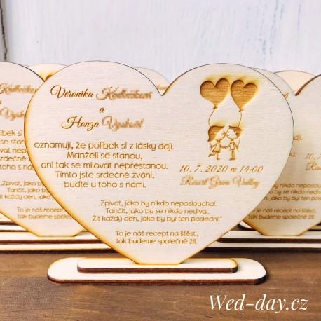 Srdce zamilovaný pár - Oznámení
